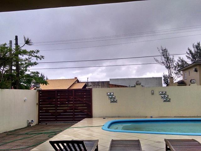 chovendo