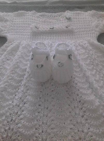 Vestido para bebê de tricô | Jeú França