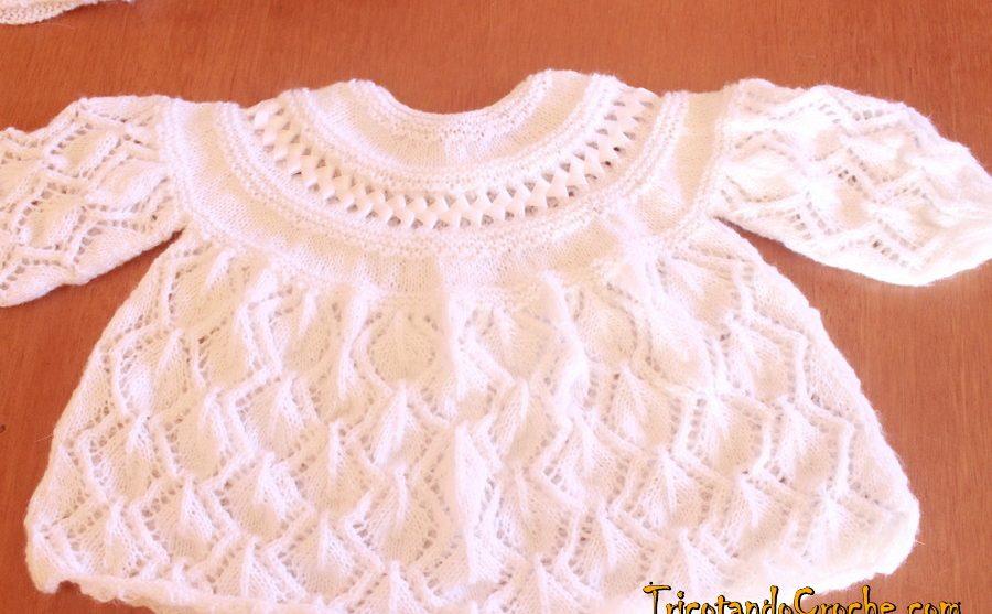 Casaquinho de tricô Folhas com fita  | Casaquinho Leaf