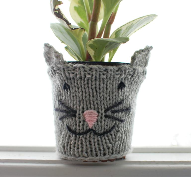 Achados: Capinha para vaso em tricô