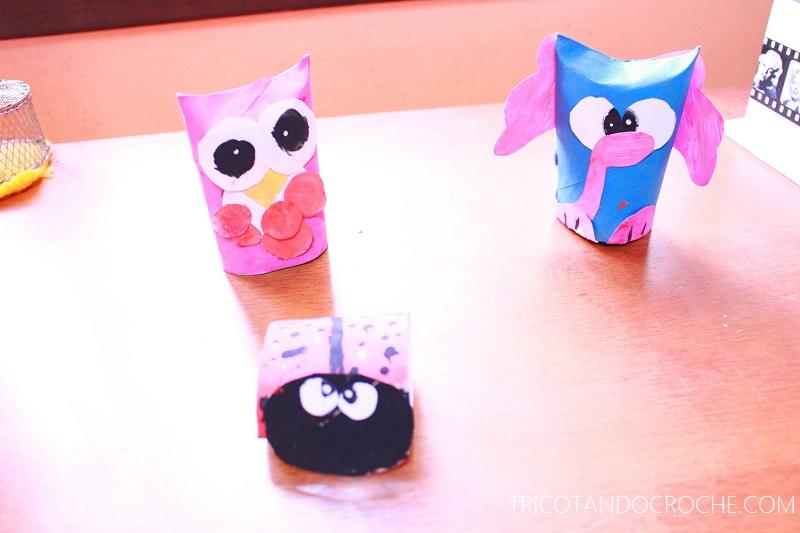 Bichinhos feitos com rolo de papel higiênico